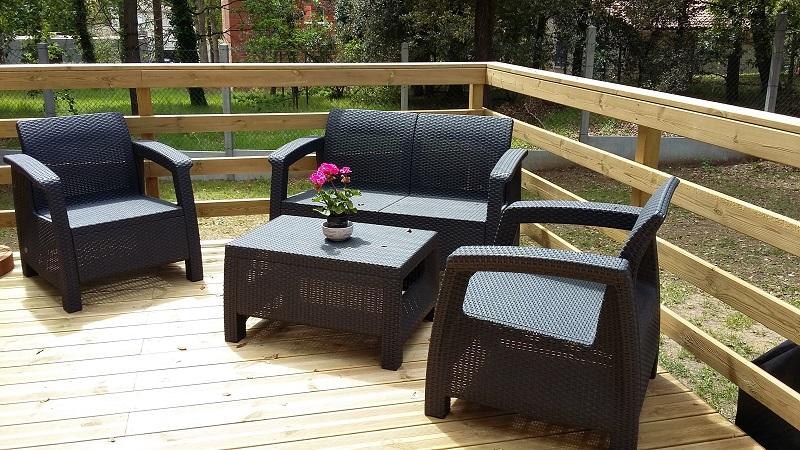 Le salon d'été sur la terrasse