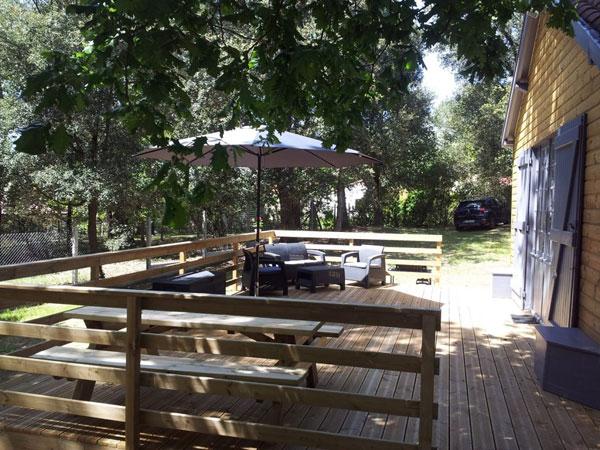 Une terrasse équipée de 40m2